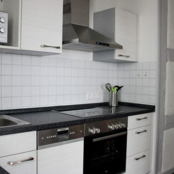 Moderne Küche in historischen Räumen